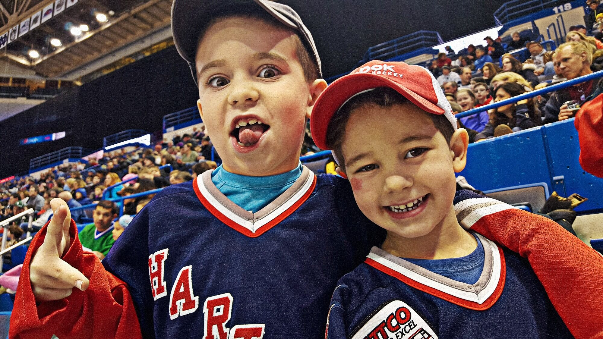 Duncan & Henrik Rutsch cheer on the Hartford Wolf Pack